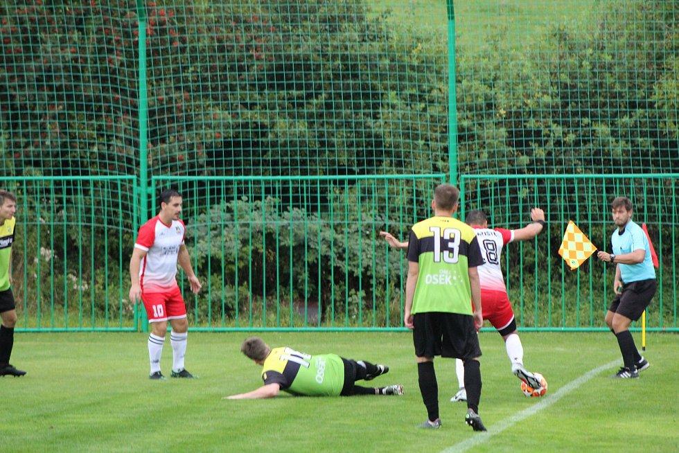 Fotbalový krajský přebor: Lažiště - Osek 1:1.