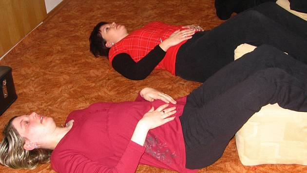 Cvičení budoucích maminek v Prachaticích.