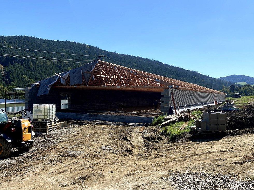 Stavba nové prachatické střelnice. Stav na konci srpna 2020.