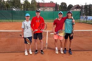 Finalisté čtyřhry. Odleva Tomáš Tručka, Kamil Petr, Patrik Polinský a Adam Škopík.