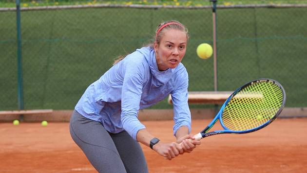 Kamila Neradová vyhrála republikový turnaj žen kategorie B v Klatovech.
