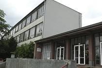 Prachatická základní škola Zlatá stezka čeká na verdikt zastupitelů.