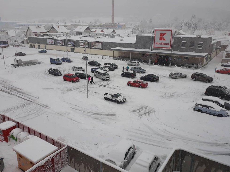 Supermarkety v Prachaticích se s výpadky proudu nepotykají.