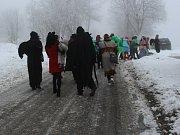 Zbytinští se vydali po obci a okolí v masopustním průvodu.