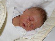 V Prachaticích bude vyrůstat první syn Miroslava Mareše z Prachatic a Evy Makarové z Michaloviec. Michael Mareš se narodil v prachatické porodnici v úterý 31. října půl hodiny před polednem. Vážil 3970 gramů.