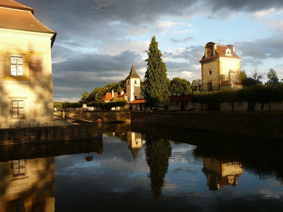 Státní zámek Kratochvíle.