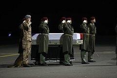 Rozloučení s padlým vojákem kynologem Tomášem Procházkou.