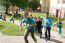 Na Vodňance společně běželi maraton.