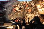Další milionovou škodu způsobil požár rodinného domu ve Volarech.
