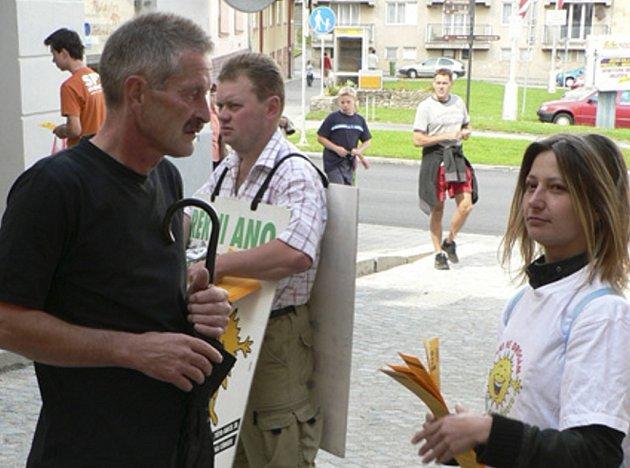 V Prachaticích se dnes objeví dobrovolníci s kampaní proti drogám.