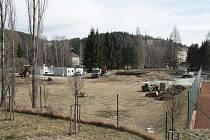 Bývalé veřejné koupaliště ve Vimperku se postupně mění.