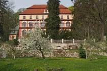 Lčovický zámek před lety zachytil svým objektivem Ladislava Hoška.