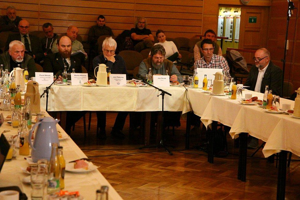 Debata ve vimperském městském kulturním středisku.