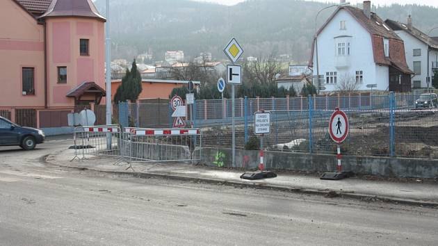 Krumlovskou ulici čeká od 9. do 20. prosince uzavírka kvůli přeložce a zatrubnění Fefrovského potoka.