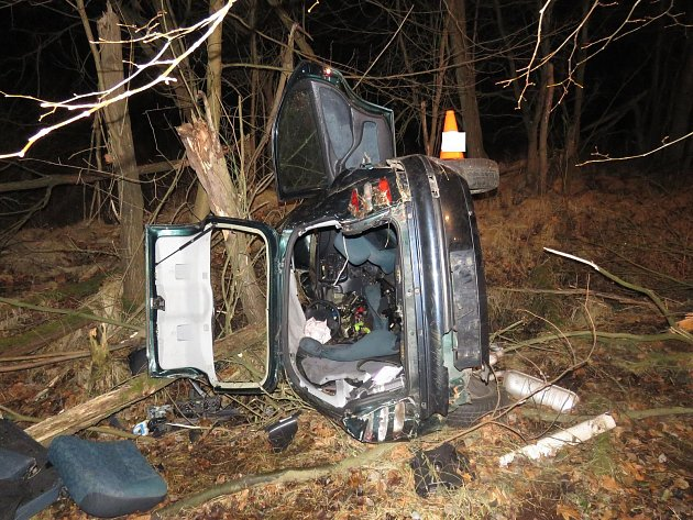 Nehoda, která se stala v pondělí 11. prosince poblíž Netolic.