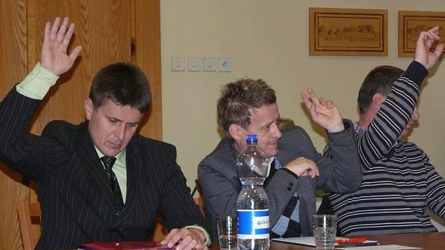 Hlasování o starostovi Netolic.