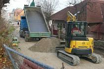 Oprava kanalizace v ulici Zlatá stezka