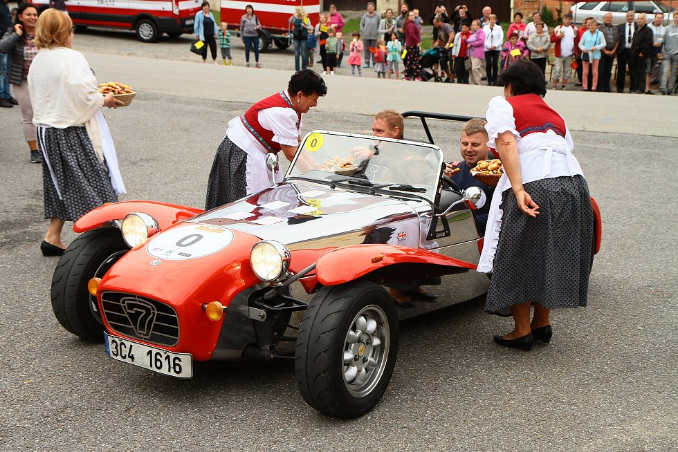 Automobily South Bohemia Classic projely také obcí Vitějovice.