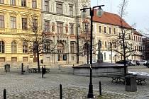 Veřejné osvětlení na prachatickém náměstí je hodně poškozené. Nové bude ještě letos.