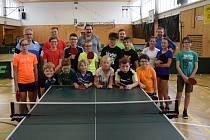Mezinárodní kemp stolních tenistů ve Vimperku.