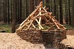 Zvířecí říši představuje nový areál lesních her nad Lázněmi sv. Markéty.