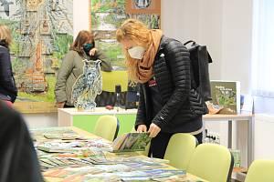 Správa NP Šumava otevřela ve středu 22. září ve Stožci enviromentální středisko s Lesní dílna.