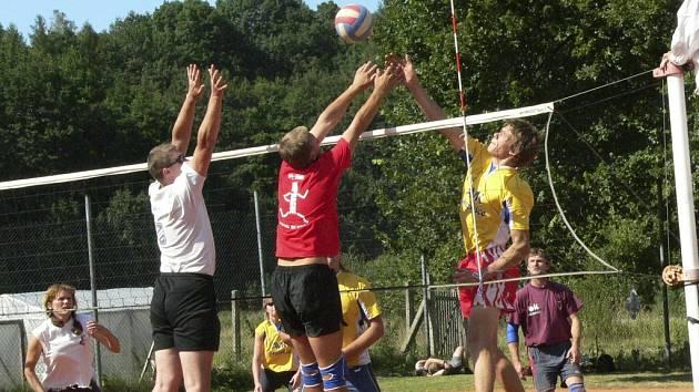 Vítězem turnaje ve Lčovicích se stali bukouni Volyně.
