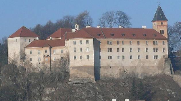 Vimperský zámek byl v roce 2010 zapsán na seznam národních kulturních památek.
