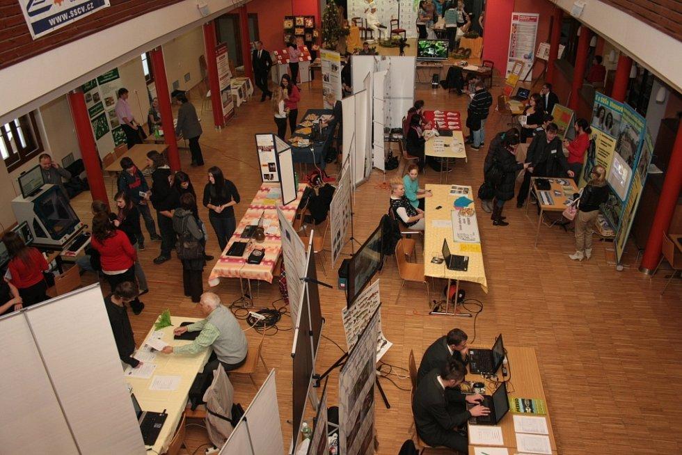 Trh studijních příležitostí v Prachaticích.