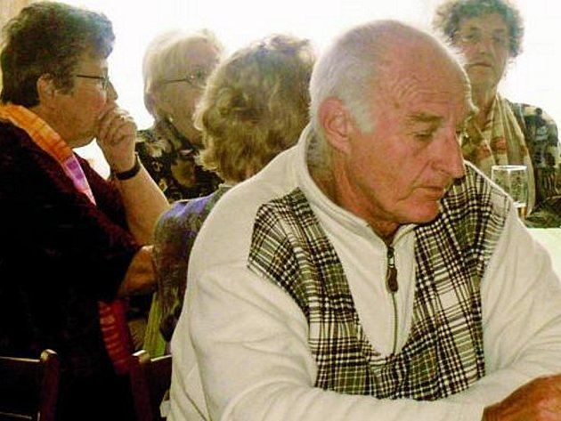 SETKÁNÍ. Na členy Městské organizace svazu důchodců ČR čeká společenské odpoledne s hudbou a tancem v prachatické restauraci Hubertus.
