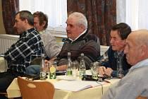 Šumava na křižovatce byl název mezinárodní konference k budoucnosti Šumavy, které se účastnili zástupci z české, rakouské i bavorské strany. Nejvíce se diskutovalo k velké novele zákona o ochraně přírody připravované ministerstvem životního prostředí.