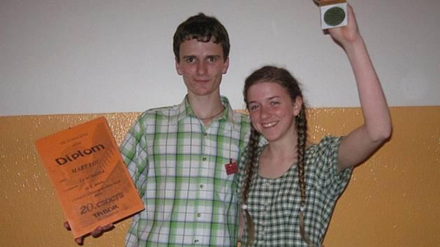 V taneční soutěži Mary Lou reprezentoval Karel Ženíšek s partnerkou Kristýnou Kralikovou.