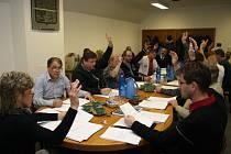Volarští zastupitelé zvedli ruku pro rozpočet na rok 2015.