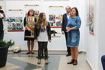 Prachatické děti se zapojily do celostátní iniciativy Děti malují seniorům a přáníčka také předávaly.