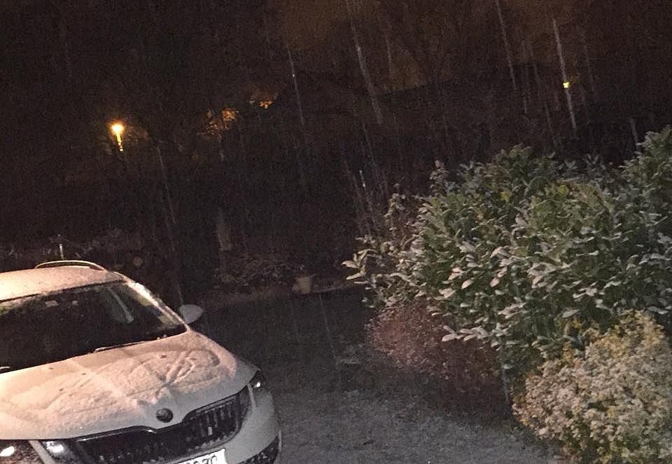 První sníh. Prachatice.