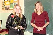 Dálková plavkyně Lucie Leišová besedovala se žáky ZŠ Vodňanská o plavání i projektech pomáhajících postiženým lidem.