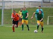 Vimperští (oranžové dresy) chtějí hrát na střed soutěže. Ilustrační foto.