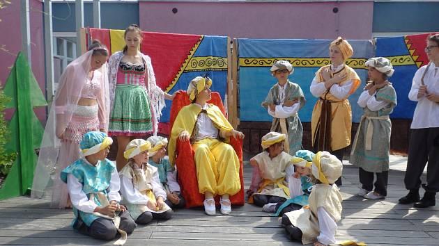 Oslavy v Mateřské škole v České ulici v Prachaticích.