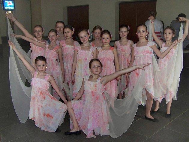 Fairy Dance - zlaté víly.
