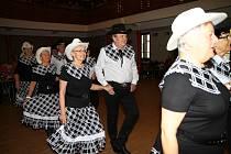 Oslavy prachatického Country klubu v Národním domě.