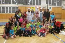 Čerti s Andělem a Mikulášem vyrazili za gymnastkami.