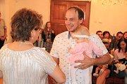 Od 6. března mají rodiče Jana a Jaroslav Soukupovi radost z dvojčátek Nikolky a Sabinky.