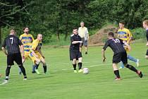Fotbalový OP Prachaticka: Husinec - Nebahovy 5:2.