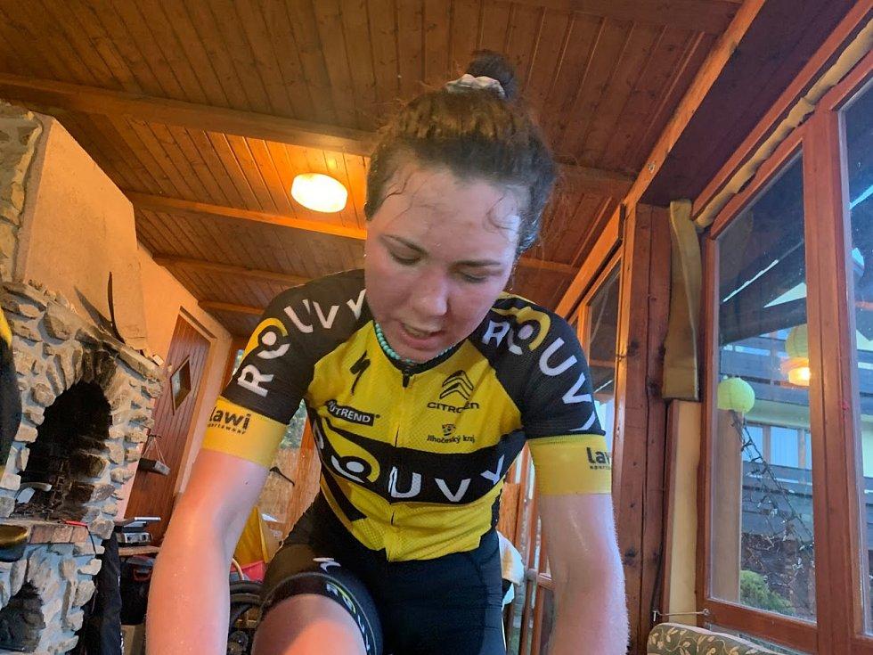 Ve třetí etapě cyklisté zdolávali slavný Mt. Ventoux.