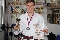 Petr Lácha se stal vicemistrem ČR juniorů ve váze do 81 kg.