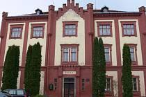 Žáci třetích až pátých tříd využívají pro své vzdělávání budovu ZŠ Netolice na Starém městě.