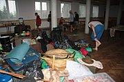 Hned dva ze tří táborů u Zlatého potoka pod Kralovicemi museli ve čtvrtek dopoledne evakuovat prachatičtí hasiči a pracovníci obce Nebahovy. Jeden tábor tvořili skauti z Milevska, druhý pak skauti z Prahy.