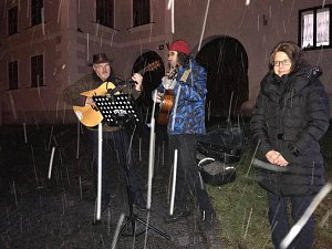 Česko zpívá koledy na Prachaticku