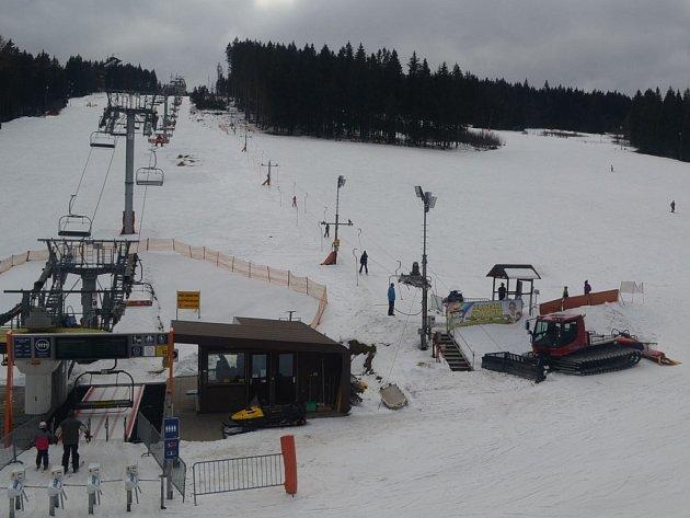 Zadovský areál nabízí o Velikonocích skvělé lyžování.
