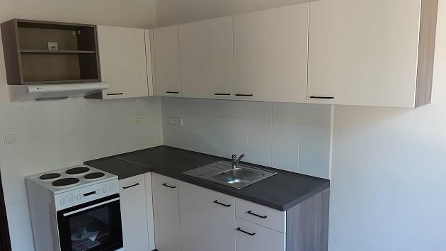 Byty v bývalé lesnické škole ve Vimperku nabídnou zhruba v říjnu Vimperští novým nájemníkům.